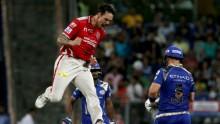Mumbai in trouble losing 5 wickets in 46