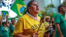 Hundreds of thousands rally against corruption in Brazil