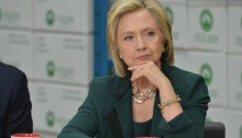 Hillary heads to New Hampshire after Iowa kickoff