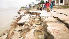 2 killed in Padma river bank collapse