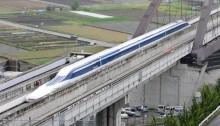 Japan\'s maglev train sets world record: 603 kph