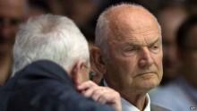 Volkswagen chairman Ferdinand Piech quits in power struggle