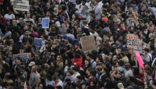 Thousands protest in US over police \'injustices\'