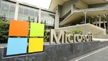 Windows 10 won\'t launch on phones this summer