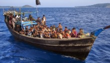 500 Rohingya Muslims from Myanmar wash to shore in Indonesia