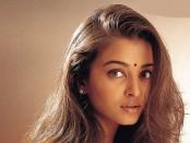 Anxious over 'Jazbaa' release: Aishwarya Rai Bachchan