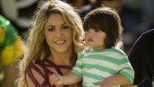 Shakira urges nations to forget 'racism,' end refugee crisis