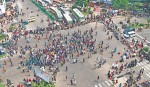 Admission seekers block Shahbagh intersection