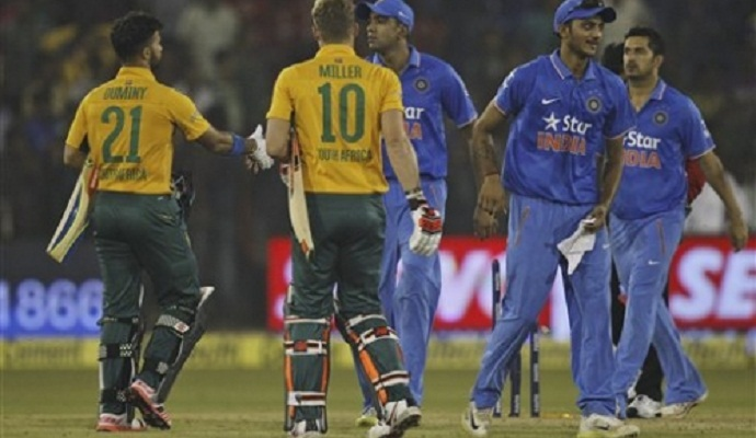 South Africa takes winning 2-0 lead after crowd disruption