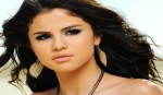 I want to be open: Selena
