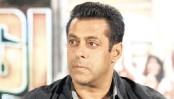 Salman Khan robbed by four girls in Mumbai nightclub