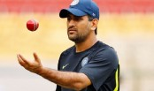 Agarkar questions Dhoni's place in the team