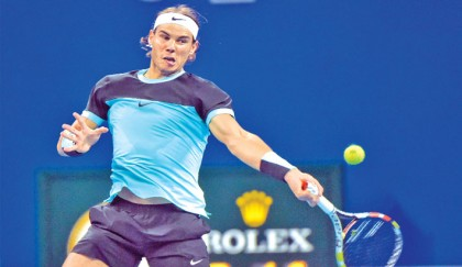 Nadal and Djokovic cruise into Beijing quarters