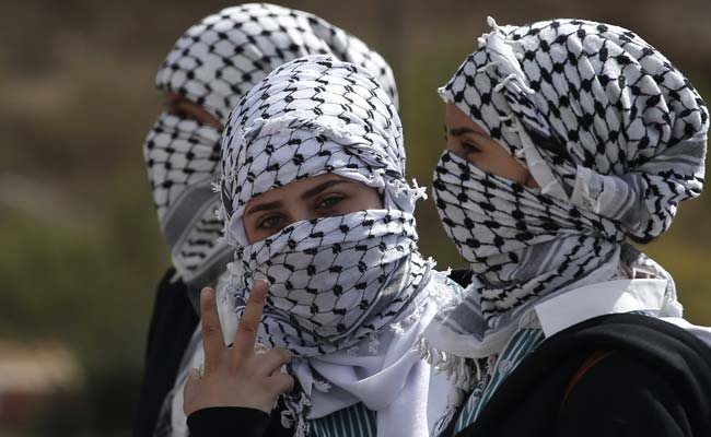 Manicured fingers throwing stones: Palestinian women join unrest