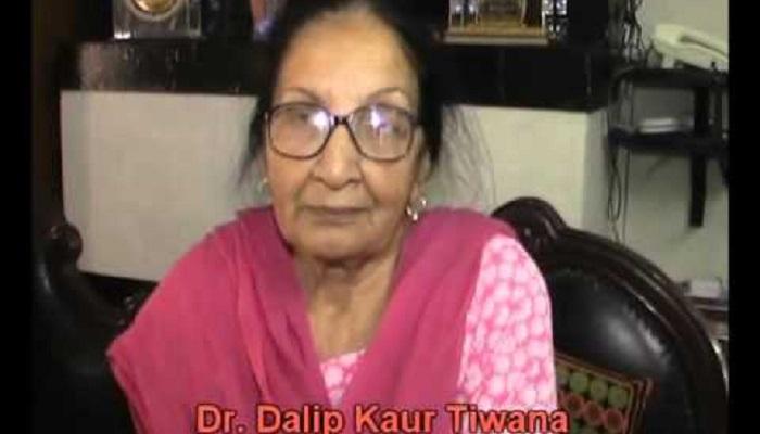 Punjabi writer Dalip Kaur Tiwana returns Padma Shri