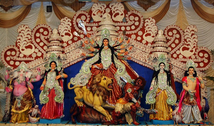 school essay on durga puja Short essay for school students on indian festivals a festival is an occasion of enjoyment and celebration durga puja essay in hindi – दुर्ग -पूज .