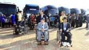 Hundreds of South Koreans cross border for final set of reunions