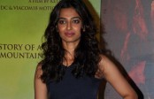 Radhika Apte meeting doctors to prep for role in Phobia