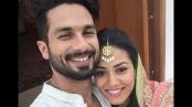 Shahid Kapoor shares Karva Chauth selfie with Mira Rajput