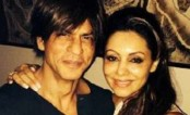 On Shah Rukh Khan's 50th birthday, wife Gauri posts a rare selfie