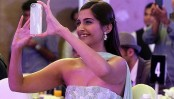 Don't work for those who pay you less: Sonam Kapoor