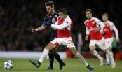 Sanchez keeps Arsenal's last 16 bid alive