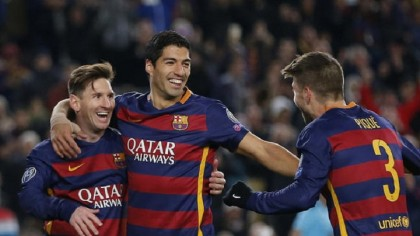 Messi scores first goals after injury, Barca routs Roma 6-1
