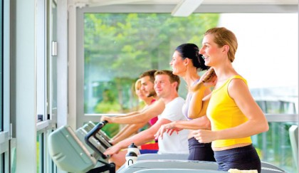 4 Tips To Boost Your Calorie Burn While Using The Treadmill