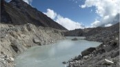 Lakes expanding 'dangerously' in Everest glacier