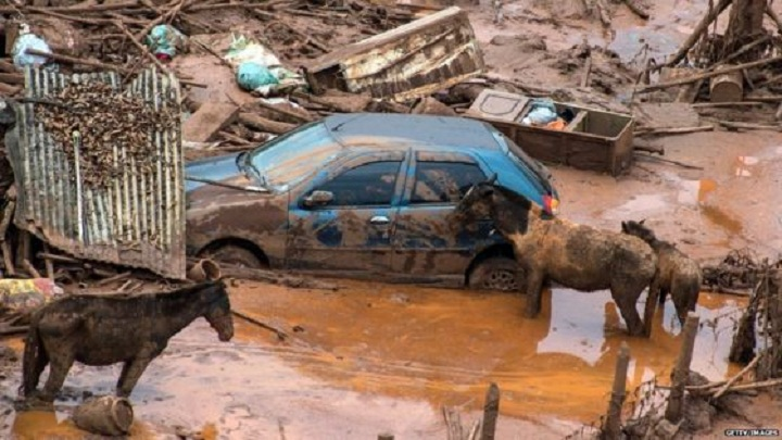 Brazil to sue Samarco mining firm $5.2bn over dam burst