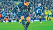 Sanchez injured in Arsenal draw, Liverpool climb