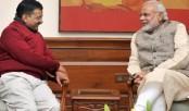Kejriwal takes on Modi over CBI raid