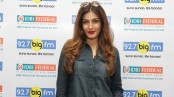 Raveena for helping her father-in-law in reaching hospital