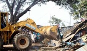 Tension erupts during Kalyanpur slum eviction