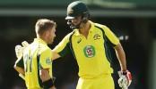 Warner, Mitchell Marsh tons lift Australia to 330