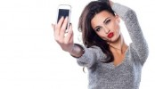 Selfies reveal if you are going through romantic crisis