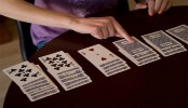Gambling linked to 'risk-taking behaviour' in teens