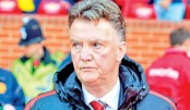 Van Gaal circled by Chelsea managers