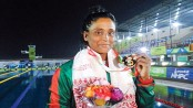 The Gold Girl gives up 2 medals for father's treatment