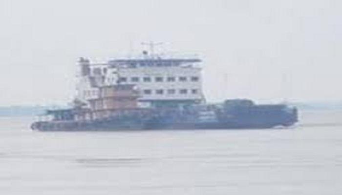 Shimulia-Kawrakandi ferry plying resumes after 4 hrs