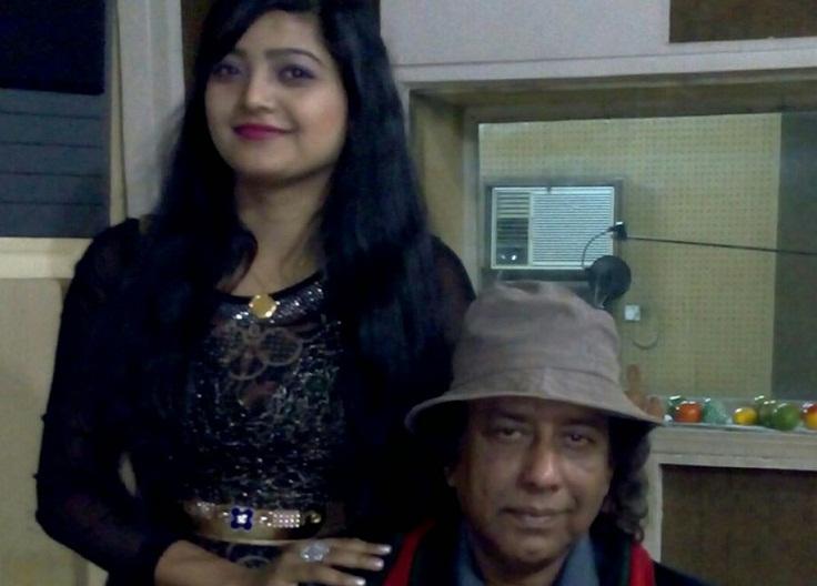 Singer Salma shows 'unprecedented love' to Ahmed Imtiaz Bulbul