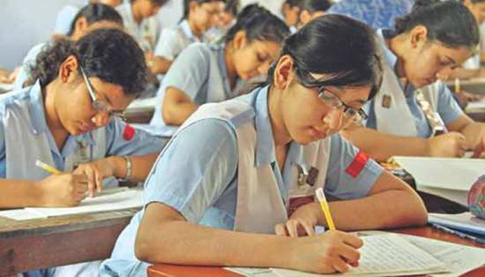 11 teachers held for supplying answers to SSC examinees