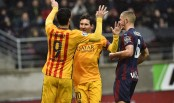 Messi scores 2 as Barcelona strike force reaches 100 goals