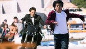 Shah Rukh Khan chases his FAN
