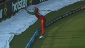 Audience stunned watching Soumya's incredible catch