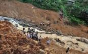 Mudslide buries 8 students in northern Pakistan