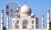 Taj Mahal minaret's pinnacle falls!