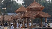 Puttingal temple fire: Seven officials detained by police