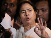 People will 'showcause' election commission on May 19: Mamata Banerjee