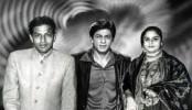 Emotional Shah Rukh Khan remembers mother
